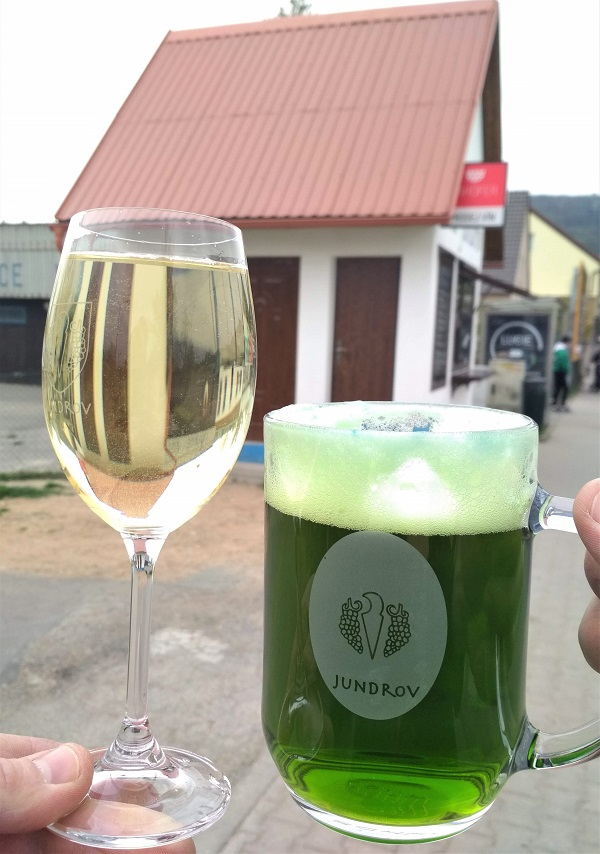 Zelené pivo.Veltlínské zelené.